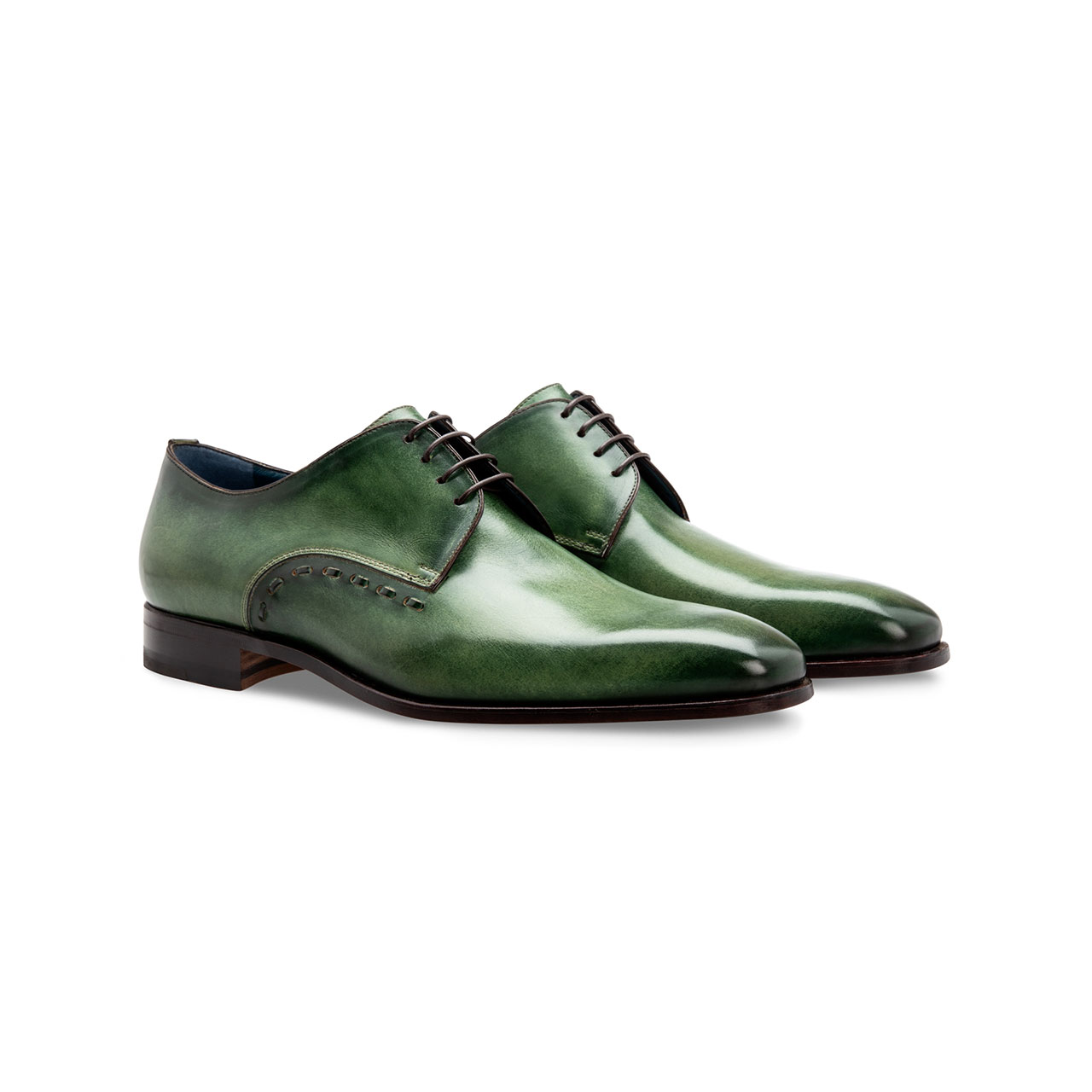 Dark green shoes in Alkhobar Serb stores